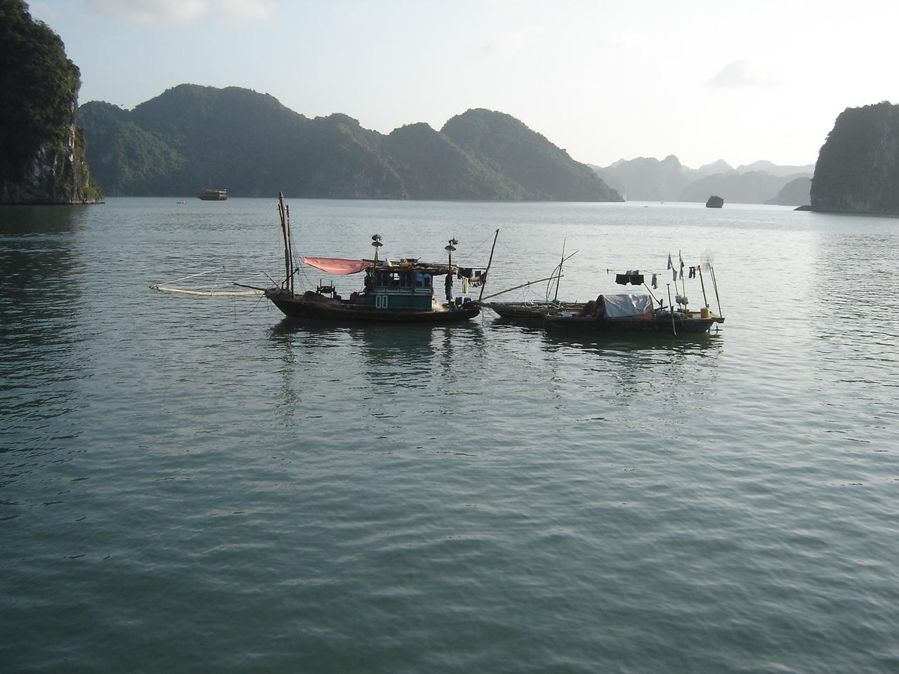 Jours 5-6-7: La baie de Halong... la magnifique! dsc05633