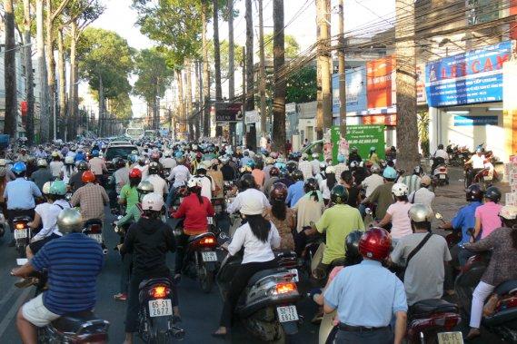 Jour 2:  Première exploration de Hanoi! traffic2hanoi